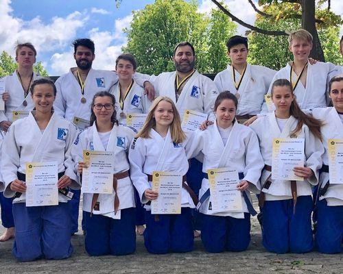 Württembergliga Team wird Dritter - Frauen schaffen Klassenerhalt